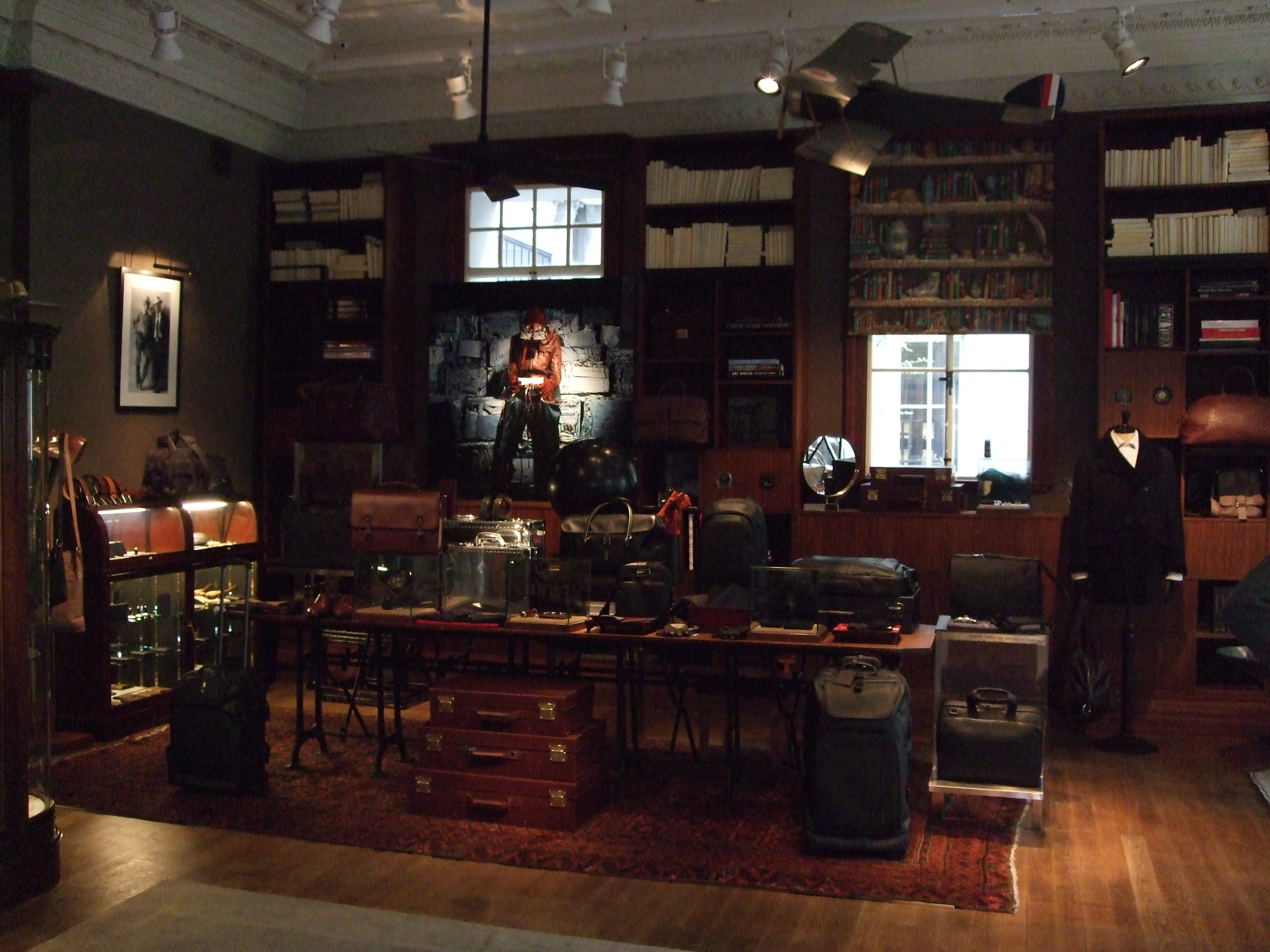 The Home of Alfred Dunhill Shanghai - Leaving behind - Living ahead